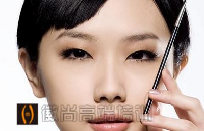 自然、清透妆容,韩式妆容化法